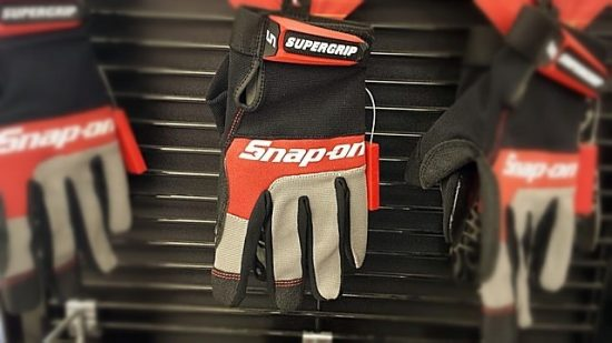 gloves-wheel-686483_640